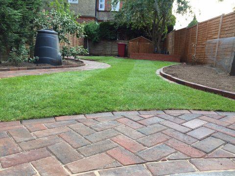 Garden landscaping in Reading